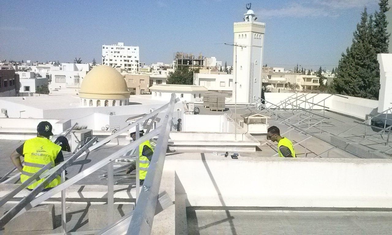 تركيز محطة الطاقة الفولطوضوئية بسطح قصر البلدية